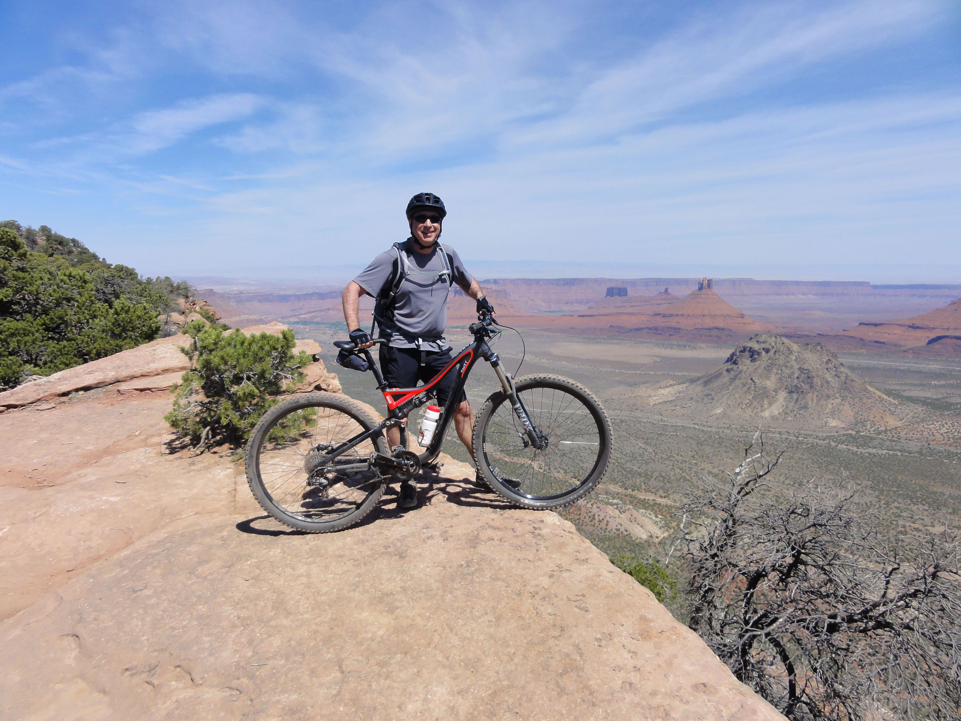 The Porcupine Rim is an iconic bike route and the scenery is always changing.